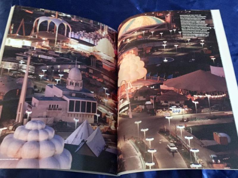 Les livres sur l'univers Disney ... et autres ....  - Page 3 13043683_10156842796630615_6616320974019440912_n