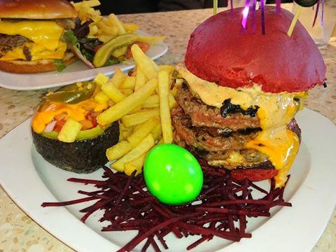 Annette's Diner (Disney Village) - Page 7 16508515_10153992785886841_8327271329479260111_n